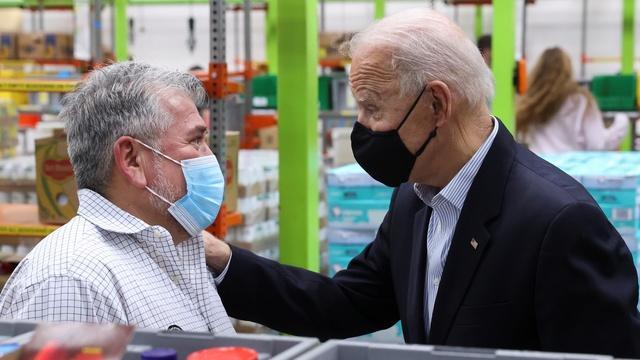 Biden surveys damage in Texas from major storm