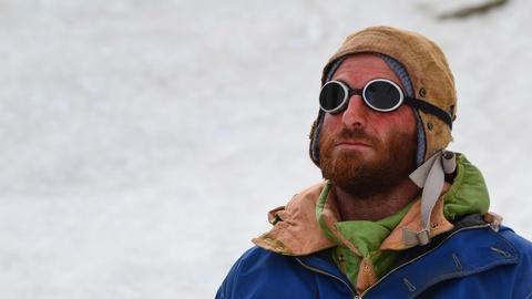 S1 E3: Everest
