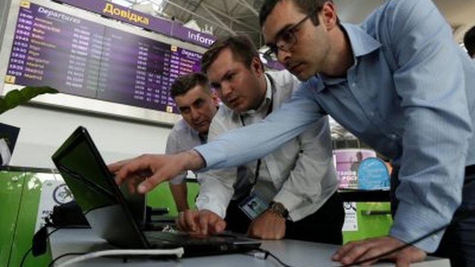News Wrap: Cyberattack hits European targets image