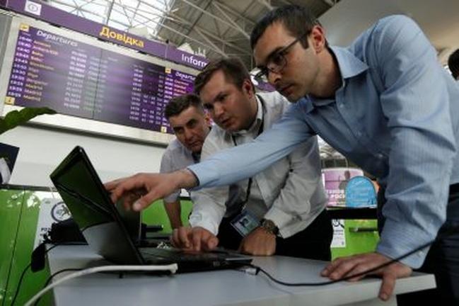 News Wrap: Cyberattack hits European targets
