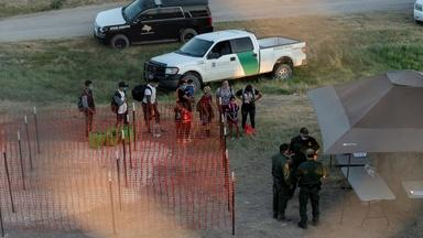 News Wrap: New migrant emergency builds along Texas border