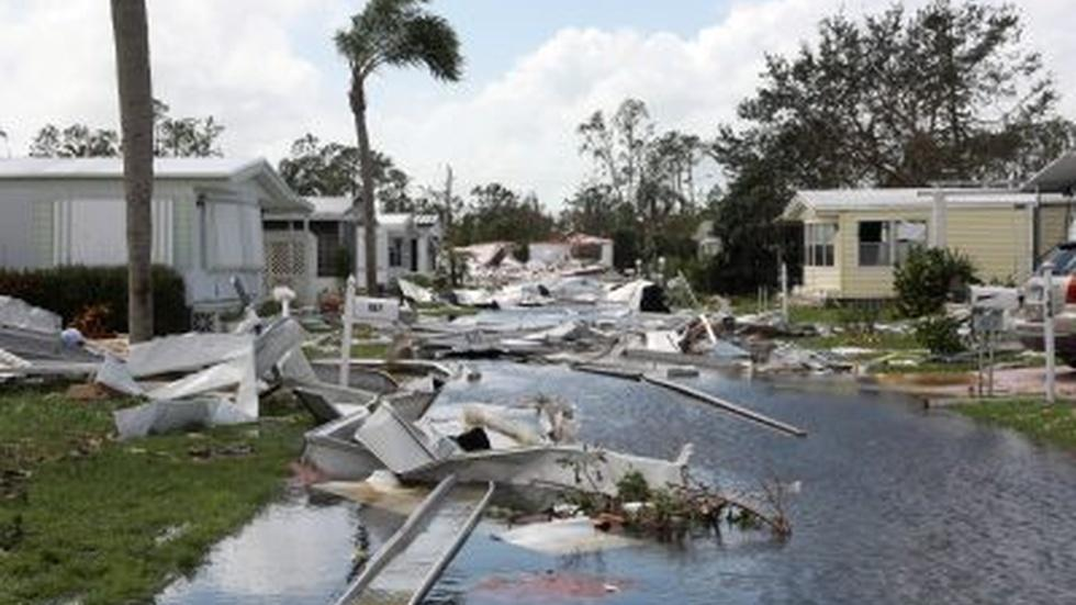 Irma floods out Florida, knocks out power for millions image