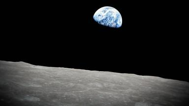 """Capturing """"Earthrise"""" from Apollo 8"""