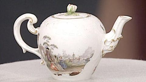 Antiques Roadshow -- S21 Ep21: Appraisal: Meissen Teapot, ca. 1740