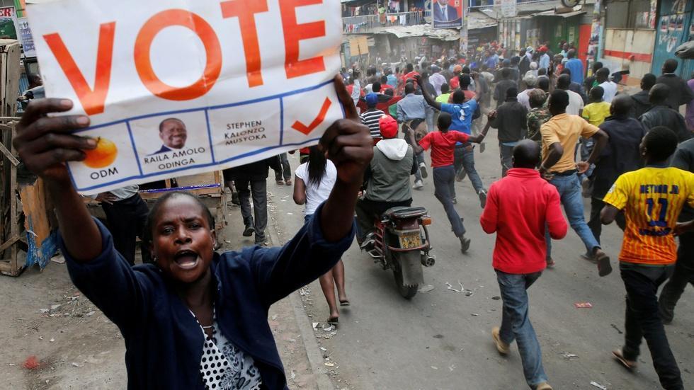 News Wrap: Kenyan election officials dispute Odinga claims image