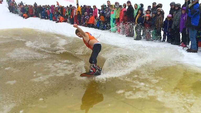 Borderless North: Titus Mountain Madness 2014: Pond Skimming Action