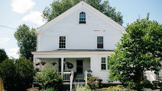 Stratham | Wiggin House