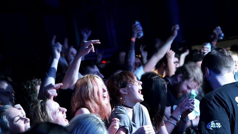 Front Row Boston: FIDLAR - Sabotage (Beastie Boys cover)