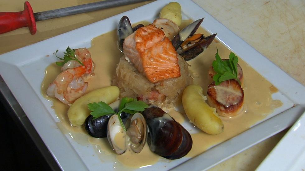 Neighborhood Kitchens: Sandrine's Choucroute image