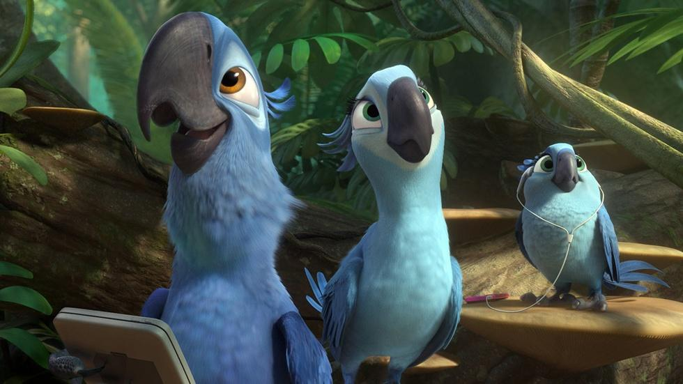 """Anne Hathaway for """"Rio 2"""" image"""