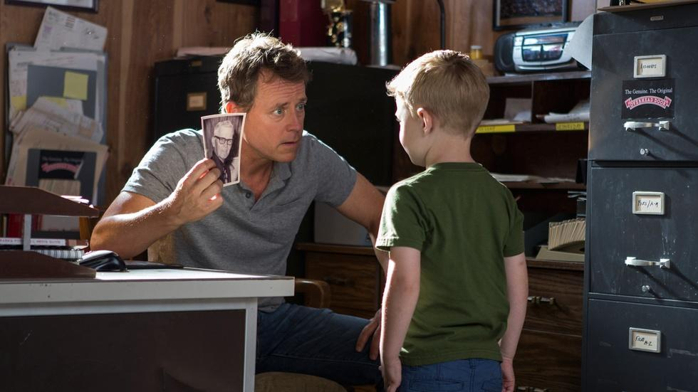 "Greg Kinnear for ""Heaven is for Real"" image"