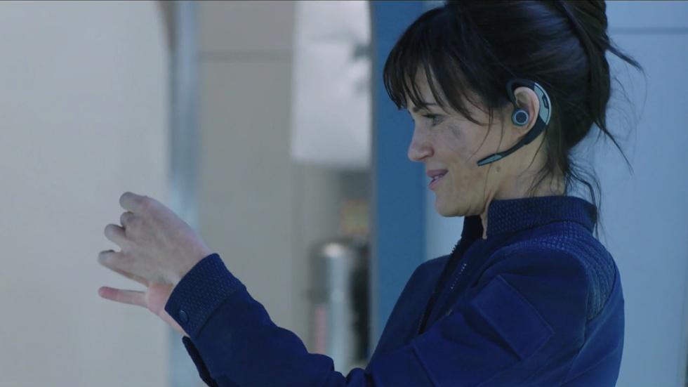 """Carla Gugino for """"The Space Between Us"""" image"""