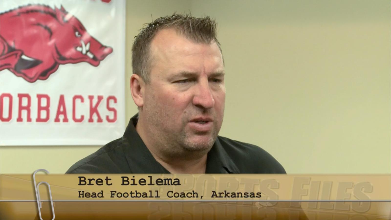 arkansas razorbacks head football coach bret bielema