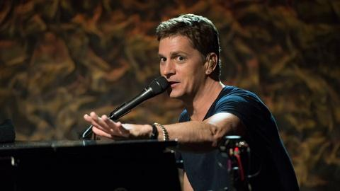 Front and Center -- Rob Thomas in Concert - Preview