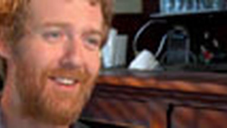 WLIW21 Arts & Culture: Music of Ireland - Welcome to America: Glen Hansard