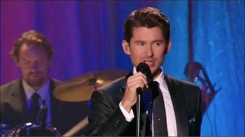 MATT DUSK: Mack the Knife