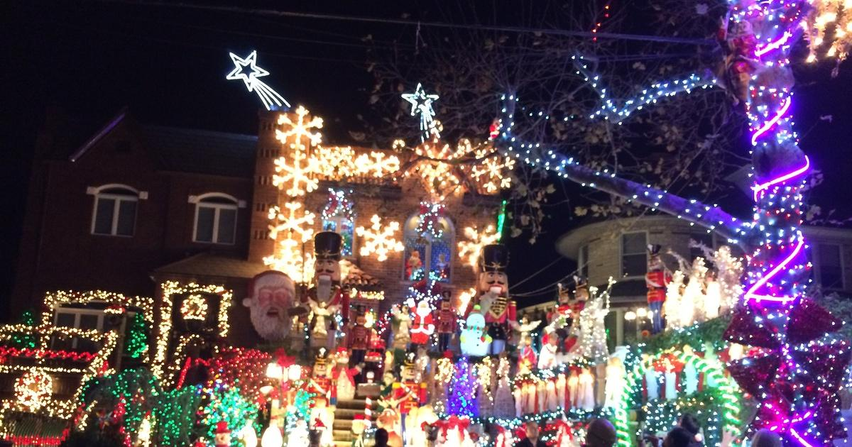 Summary -> Holiday Light Show 2018 Jones Beach West End