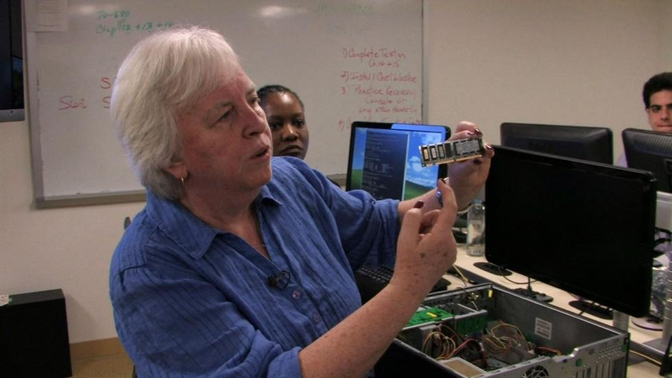 Per Scholas Brings Technology Education to the South Bronx image