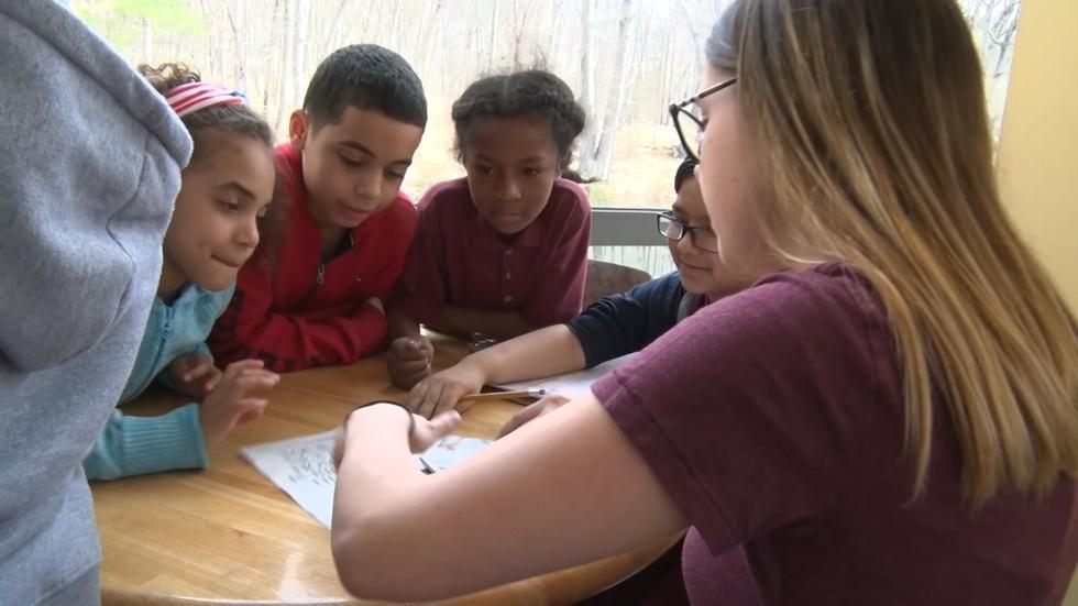 Elementary Students Learn Science from Future Teachers image