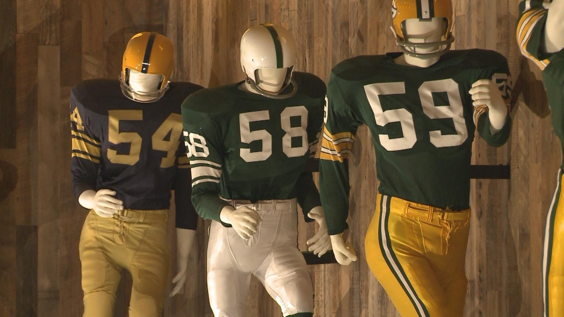 new products eb5fe 88b12 Green Bay Packers Uniforms Through the Years