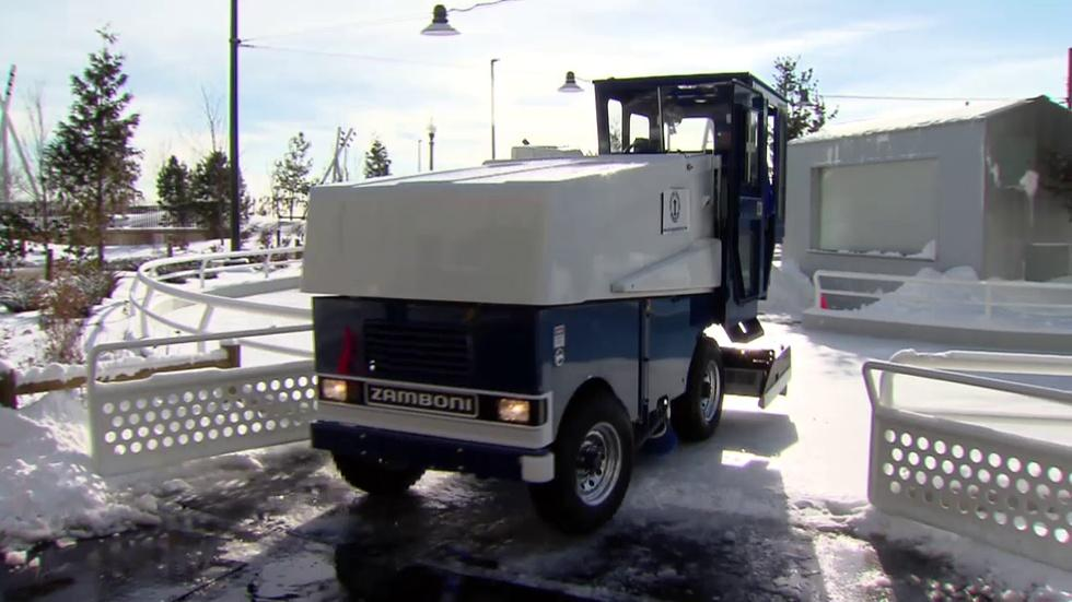 Ice Ribbon Zamboni image