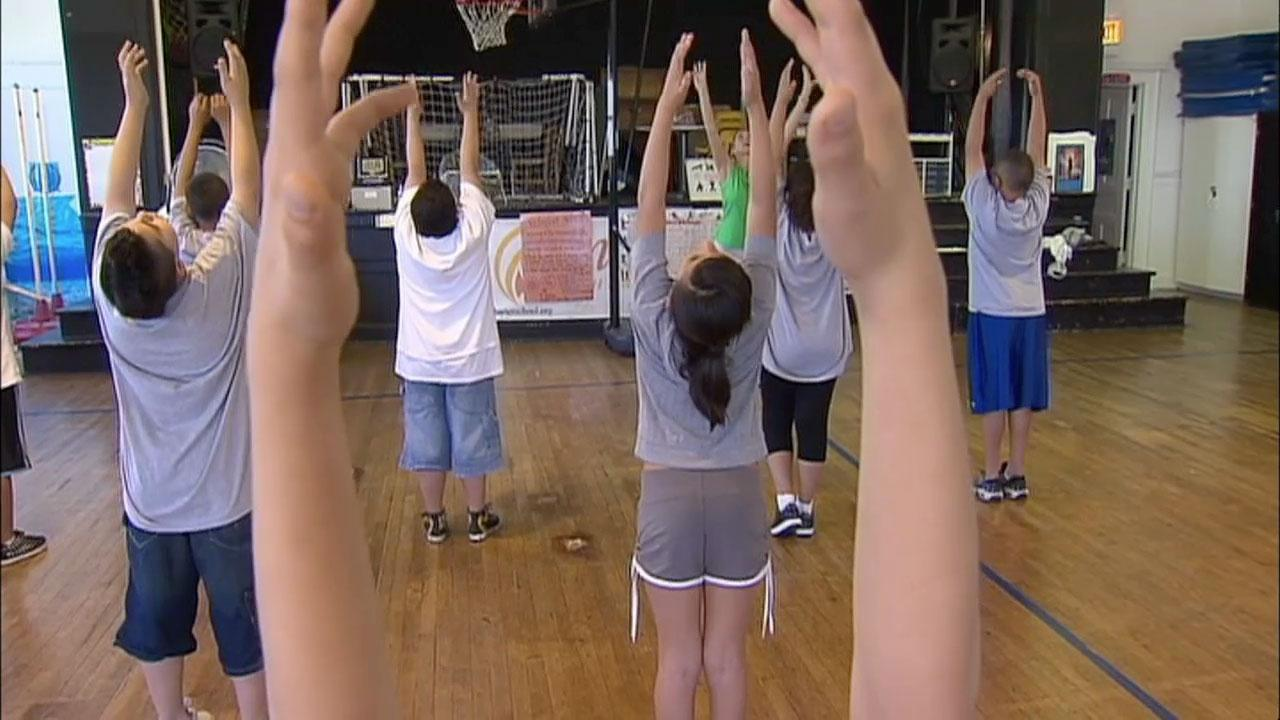 Modular Classroom Yoga : Yoga in the classroom jay s chicago pbs