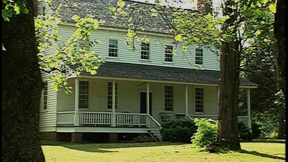 House in the Horseshoe image