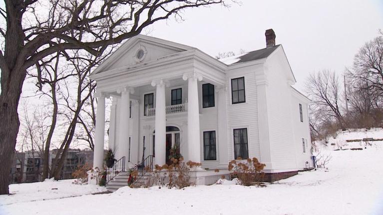 Almanac: The Wright-Prendergast Historic House Near Irvine Park