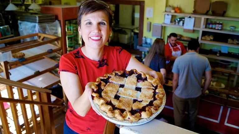 Arizona PBS Previews: A Few Good Pie Places