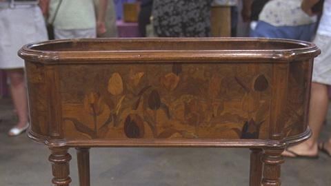 Antiques Roadshow -- S21 Ep24: Appraisal: Emile Gallé Planter, ca. 1890