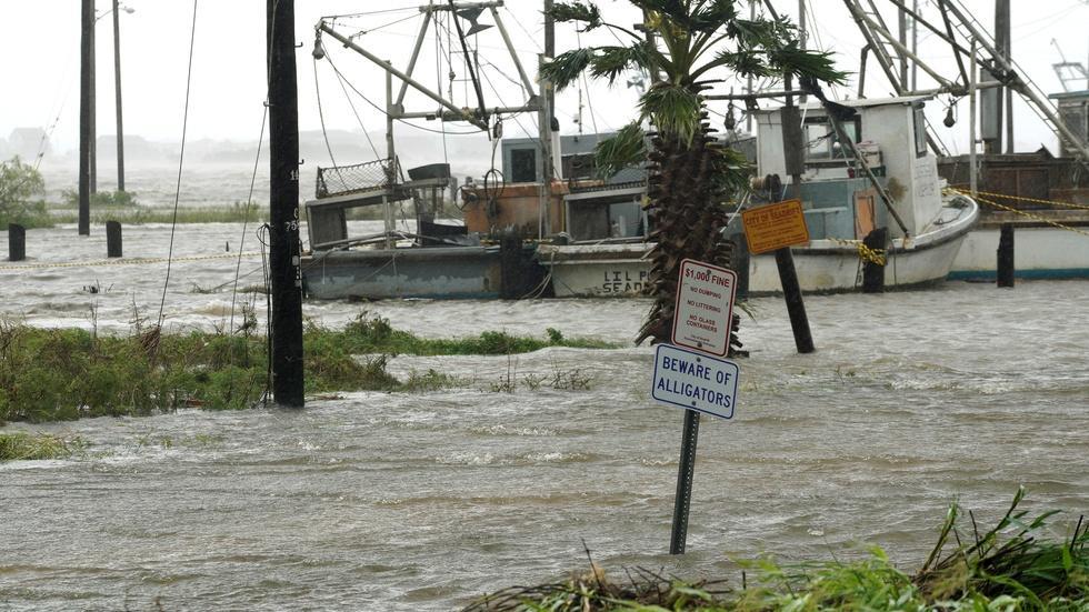 How Texas' most populous city handles floods image