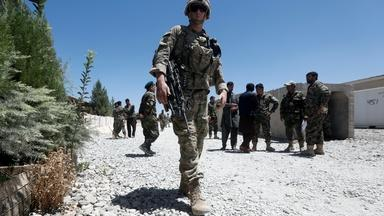 Bipartisan report urges Biden to commit to Afghanistan