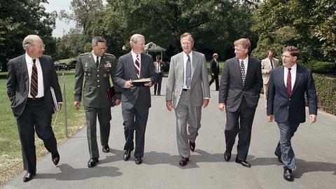 Statecraft: The Bush 41 Team -- Statecraft: The Bush 41 Team