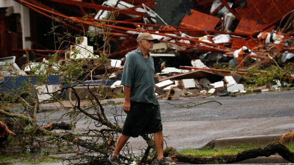 Assessing damage where Hurricane Harvey touched ground image