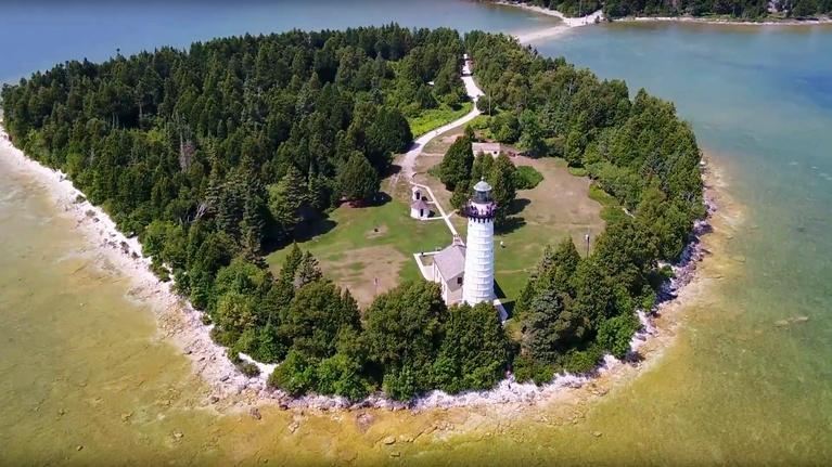 Outdoor Wisconsin: Outdoor Wisconsin #3505 - Lighthouses/Beaver Creek Reserve