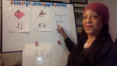 LISTEN FOR WORDS IN SENTENCES, LEARN J, K - Spanish Captions