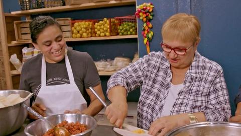 Lidia Celebrates America -- Lidia makes Tamales in Texas