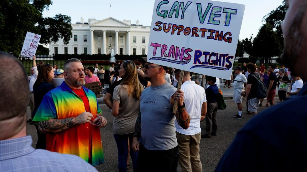 Fact-checking Trump's reasons for a transgender military ban image