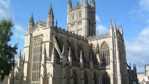 S4 E1: England's Bath and York