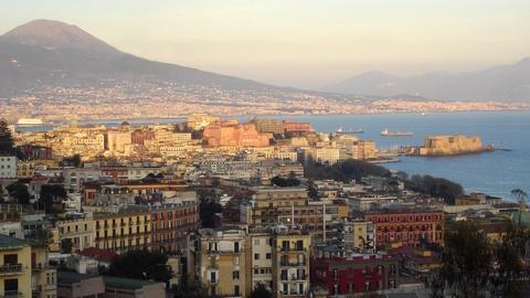 S4 E4: Naples and Pompeii
