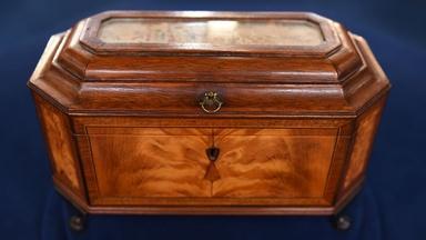 Appraisal: Massachusetts Federal Tea Caddy, ca. 1810