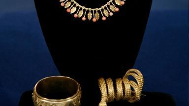 Appraisal: Victorian Gold Necklace & Bracelets