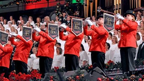 Christmas with the Mormon Tabernacle Choir -- Joy to the World