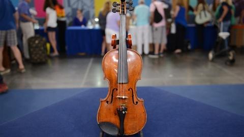 Antiques Roadshow -- S21 Ep14: Appraisal: Dutch Cuypers School Violin, ca. 1820