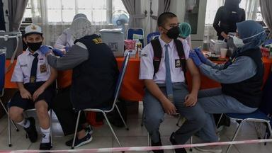 China's vaccine faces scrutiny as vaccinated Indonesians die