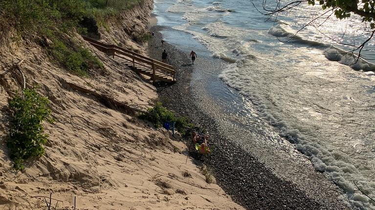 Great Lakes Now: Pipelines, Plastics and Parks