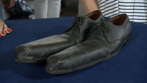 Antiques Roadshow -- S21 Ep18: Appraisal: Clown Shoes, ca. 1940