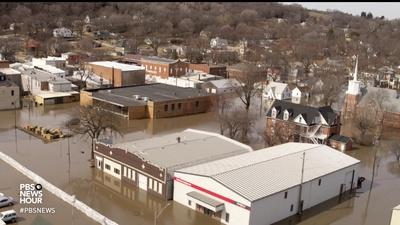PBS NewsHour | News Wrap: Midwest fears additional flooding from snowmelt