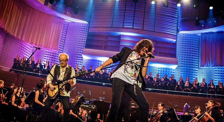"Foreigner Live at the Symphony: ""Urgent"""