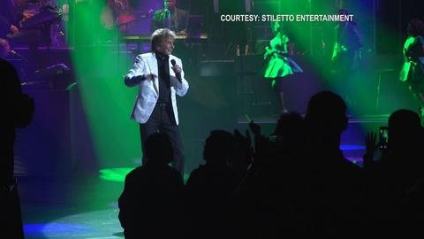 MetroFocus -- Barry Manilow is Back on Broadway